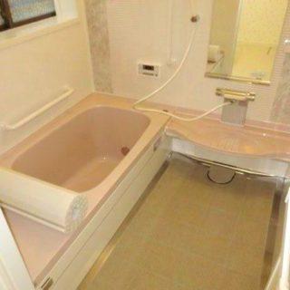 浴室内に出っ張りがあるお風呂のリフォーム