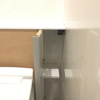 背面収納つきで手入れがラクなトイレ