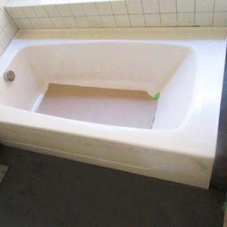 浴槽交換と、自然なぬくもりを感じる床タイルの浴室リフォーム