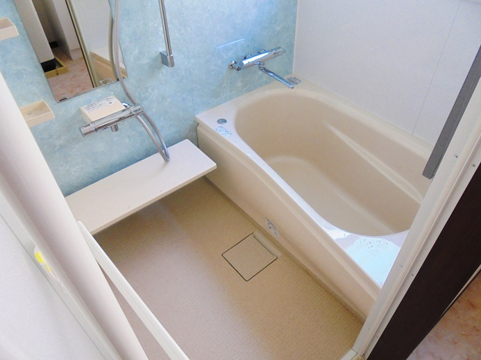 雨漏りで柱や梁が腐食していた浴室リフォーム