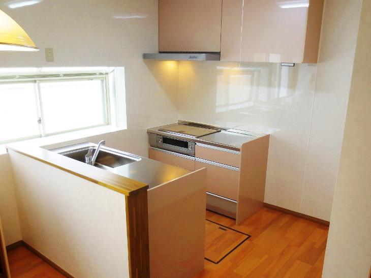 2列スタイルのキッチンリフォーム