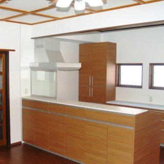 床暖房がある対面式キッチン