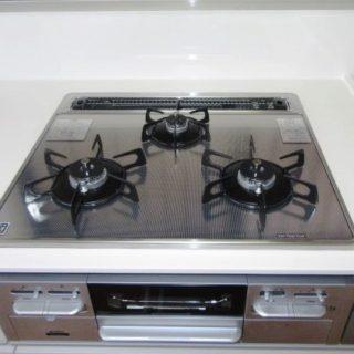 TOTO「ザ クラッソ」のL型キッチンリフォーム