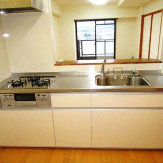L型からI型に変えて空間に余裕が生まれたキッチンリフォーム!