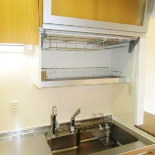 昇降ウォールで吊り戸が使いやすくなったキッチンリフォーム