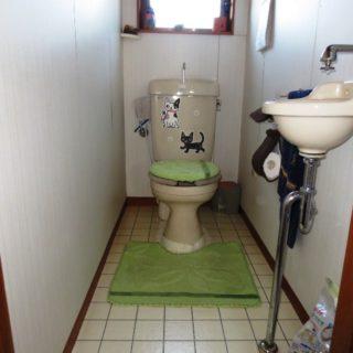 お洒落で掃除がラクなアイカ・セラールを使ったトイレリフォーム
