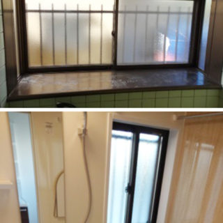 窓を小さくして保温性・防犯性を高めたバスルーム