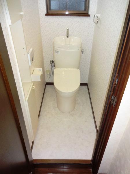 床が腐食していたトイレのリフォーム