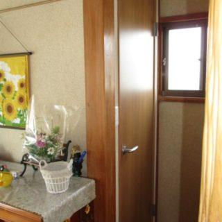 1116サイズの浴室とキャビネットトイレのリフォーム