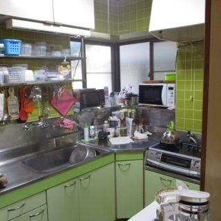 L型から2列型へのキッチンリフォーム