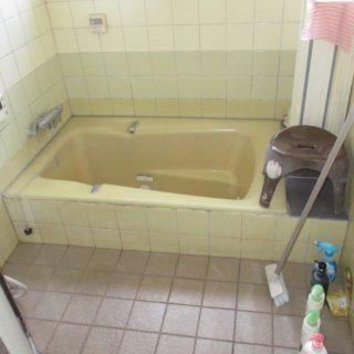 白蟻被害のあった1620サイズの浴室リフォーム