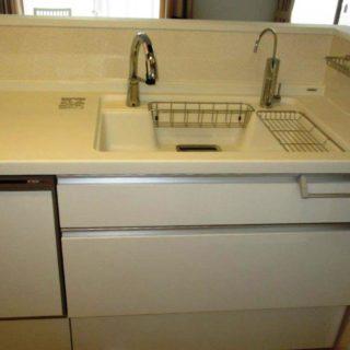 気になる水アカが付きにくい素材でキッチン・洗面をリフォーム!
